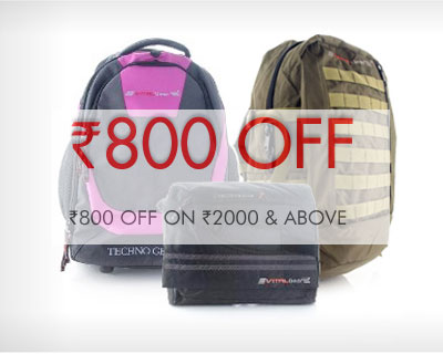Rs.800 OFF on Rs.2000 on Bags & Accessories at HS18
