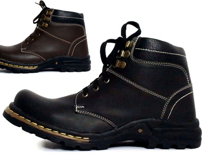 Finesse Mens High Ankle Boots at just Rs.799